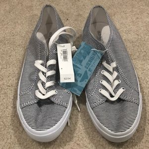 NWT Old Navy Blue/White Striped Tennis Shoes Sz 9